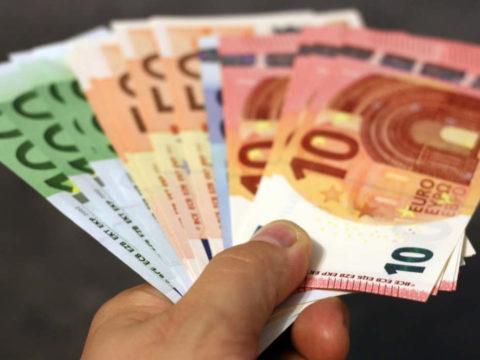 Decreto sostegni Bonus 800 euro Bonus Cultura Bonus Mamma Bonus Bonus 1000 Euro Bonus Irpef PMI Bonus 500 Euro bonus busta paga Tredicesima Bonus 1000 Euro Cashback Bonus 100 euro
